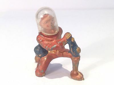 Spaceman Kneeling. (ref Or 954) With Helmet