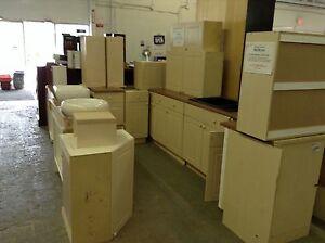HfH ReStore WEST - kitchen cabinet sets