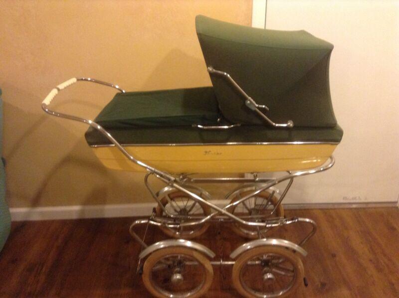 Vintage Perego Baby Canopy Baby Stroller/Carriage Green & Cream *Rare*