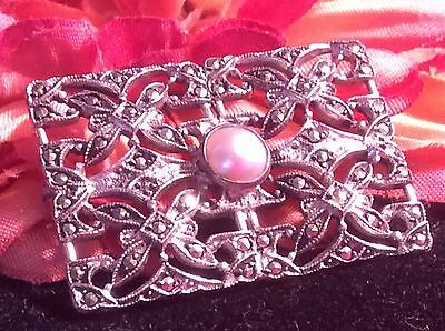 Vintage Estate Jewelry Open Worked 925 Sterling Real Pearl Marcasite Brooch Pin