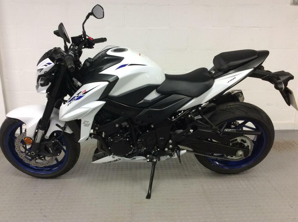 Suzuki GSX-S750 GSXS 750 2019 / 69 - Only 100 miles on the clock