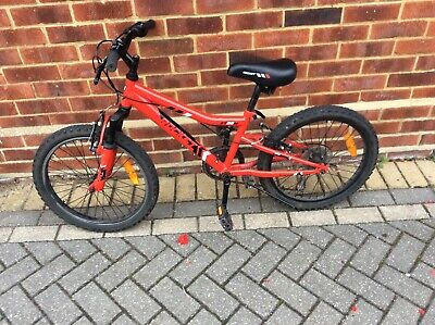 Children's bike in good condition  I would suit a child from 5 to 10 years old.
