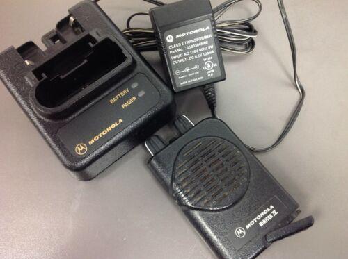 Motorola Minitor 4, Minitor IV, Pager, #A03KUS9238BC, 1 F SV, Charger VHF