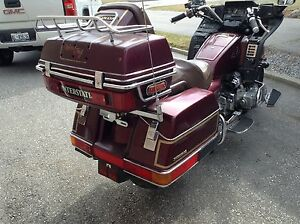 one sweet interstate goldwing eith verry low kms and verry well