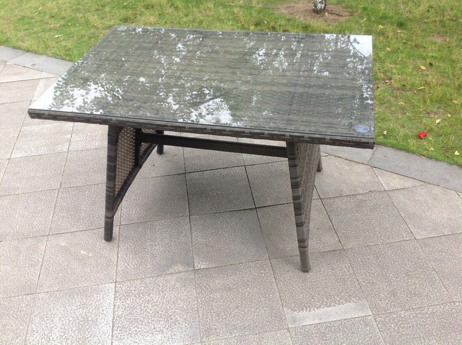 Garden Furniture - Rattan Dining Table Outdoor Garden Furniture Tempered Glass Top Grey Mixed