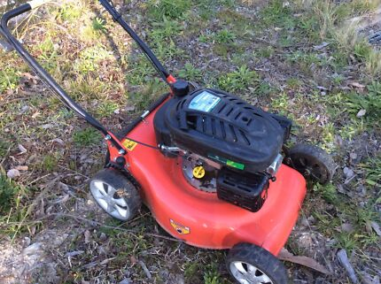 Self propelled lawn mower Kalaru Bega Valley Preview