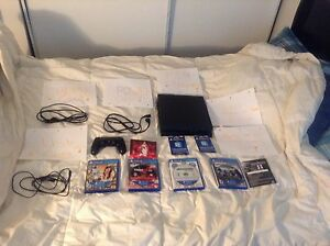 PlayStation 4 (Everything Included Bundle)