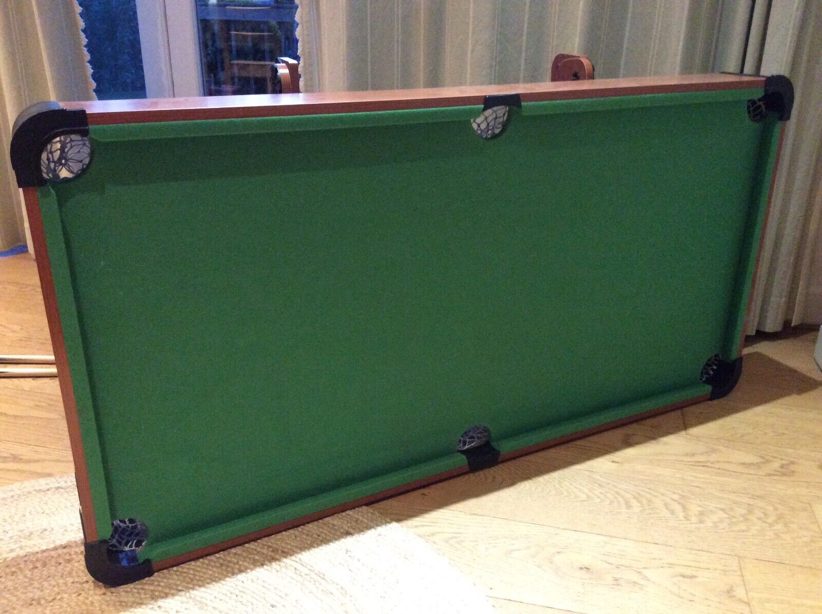 Pool Table, folding, sold with all equipment