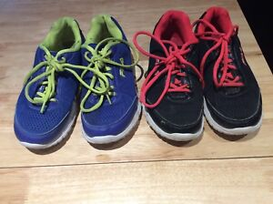 For sale girls running shoes