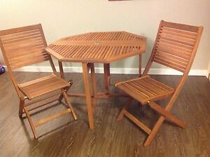 Solid wood folding bistro set