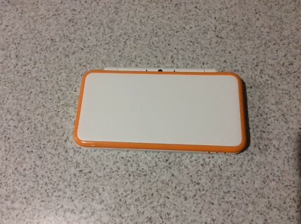 Wanted: 2017 model Nintendo 2ds white and orange