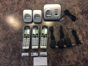 Uniden Cordless phones Dect 6.0