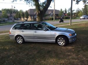 2002 BMW 325 XI 4 Door Wagon . All Original