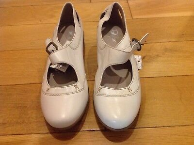 M&S FOOTGLOVE Shoes Size: 3.5,  RRP £45.00