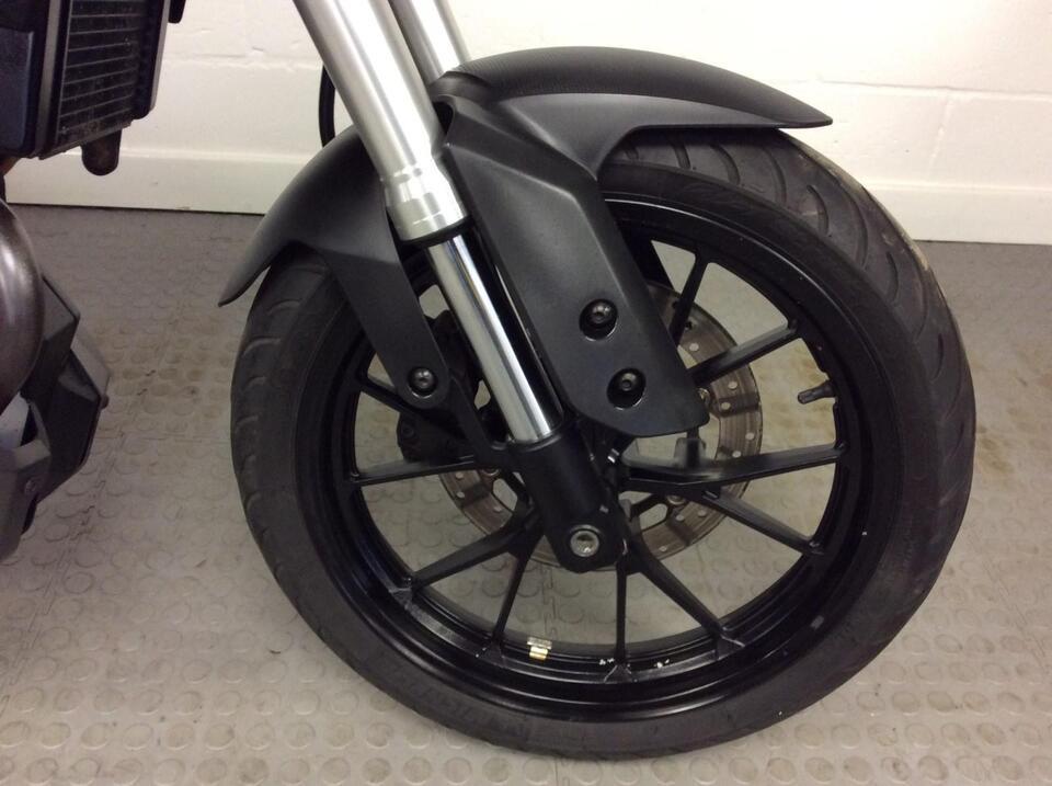 Yamaha MT125 MT 125 2014 / 64 Grey Naked Full Yamaha Service history