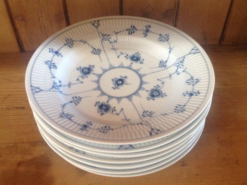 """royal copenhagen blue fluted plain 10"""" Deep dinner plates"""