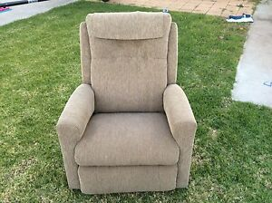 Recliner comfort chair Clovelly Park Marion Area Preview