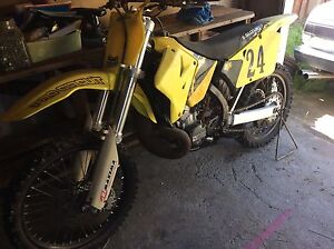 Suzuki rm 250 2001 swap for jetski plus cash Quoiba Devonport Area Preview