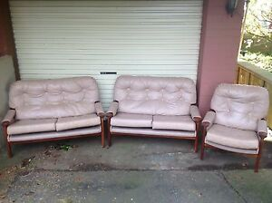 Genuine Tessa Lounge Suite 2 x 2 seater and single seat Romaine Burnie Area Preview