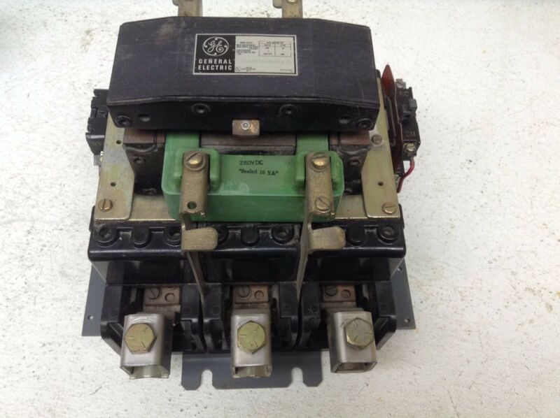 GE General Electric CR205G000DFC Size 5 Motor Starter 280 VDC Coil 200 HP
