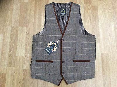 MENS MARC DARCY TWEED CHECK WAISTCOAT TAN CHEST SIZE 44. EUR 54