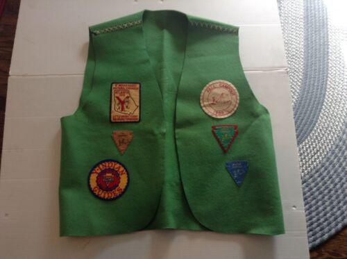 YMCA Indian Guides Mens Felt Vest 6 Patches 1969 Campout 1970 Atlanta - Cool