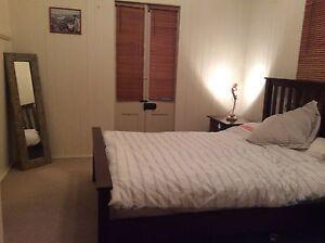 Huge room for rent in renovated Queenslander house Balmoral Brisbane South East Preview