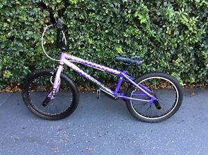 Bmx bike specialised