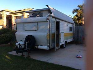 Viscount caravan with bunks 16.5 ft Wellington Point Redland Area Preview