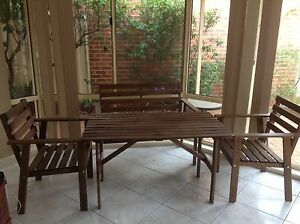 Outdoor dining- excellent condition Wattle Grove Liverpool Area Preview