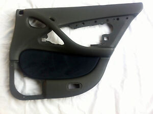 NOS GENUINE HOLDEN VT VX COMMODORE WH STATESMAN DOOR TRIM RIGHT REAR BRAND NEW