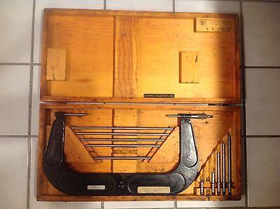Brown Sharpe 6 - 12 Tubular Micrometer Micrometer Set - Wooden Case Mic