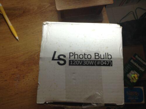 LS Photo Bulb 120V 30W #47