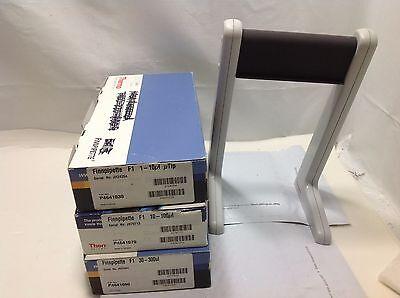 Set Of 3 Thermo Scientific Finnpipette F1 Pipettes 10100 300 Ul W Stand