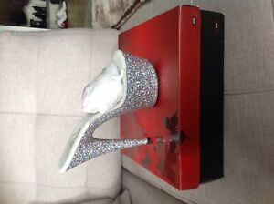 **Brand New in Box** Holographic Glitter Pleasers size 8