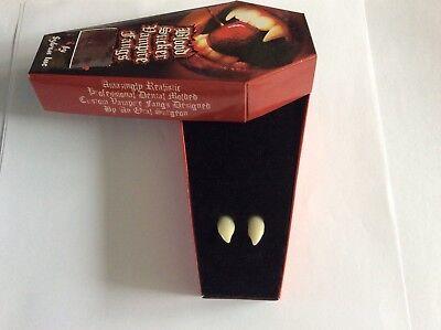 DELUX REALISTIC VAMPIRE FANGS DENTAL FIX LOVE BITE HALLOWEEN  FANCY DRESS  UK - Halloween Fangs Uk