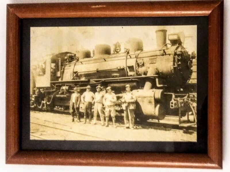 MINNEAPOLIS & St LOUIS RAILROAD Steam Engine Vintage Framed Builder