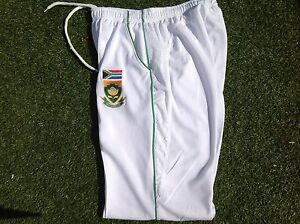 HIGH QUALITY WHITE CRICKET TROUSER SOUTH AFRICA TEST LOGO  LARGE MENS 34-36