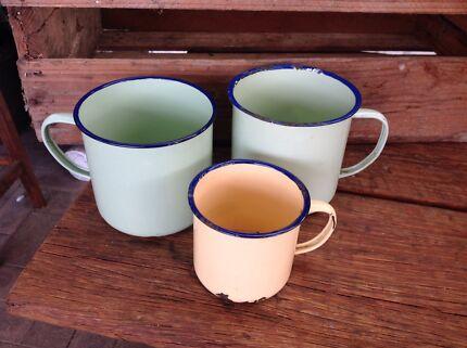 Set of 3 enamel mugs  Eden Hill Bassendean Area Preview