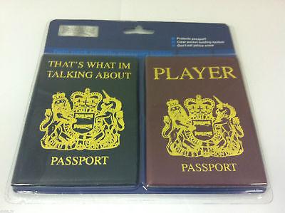 Neuheit Reisepasshülle Halter - Doppelpack Sprechen über / Player 2 Farben Neu