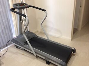 Treadmill trimline 2600
