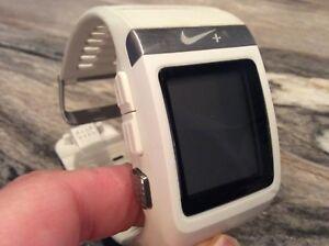 Montre GPS sportwatch de course Nike