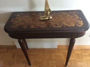 Bombay table Console