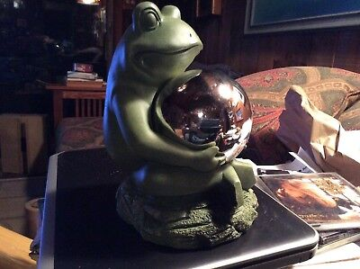 "9"" Moss Green Resin Frog Gazing Ball Garden Statue"