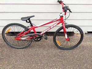 Redline BMX race bike Barnsley Lake Macquarie Area Preview