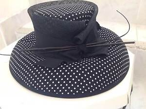 Anthea Crawford NWT B&W Spotted Hat - GORGEOUS Perfect For Races Barden Ridge Sutherland Area Preview