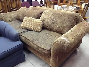 Couch for sale #HFHGTA Newmarket ReStore
