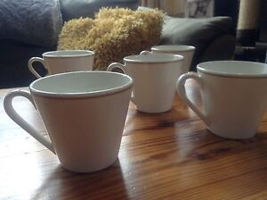 Lovely!  Vintage Syracuse 'hotelware' mugs collection