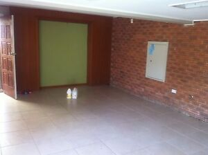 2 bedroom unit with courtyard attached to house Lambton Newcastle Area Preview