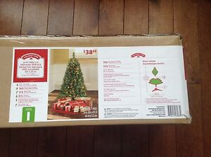 Pre-Lit Christmas Tree New In Box 4ft tall